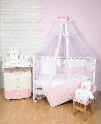 - постельные комплекты