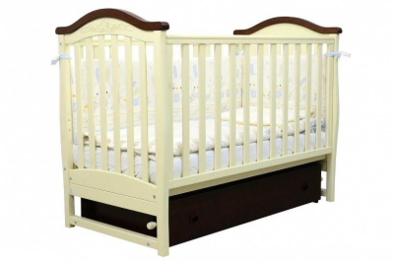 Кроватка детская ЛД 3, резьба, слоновая кость/орех